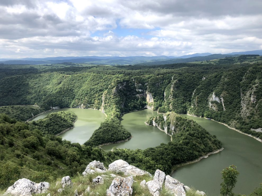 Balkan roadtrip - 3weekse reisroute - Servië bezienswaardigheden Uvac Canyon
