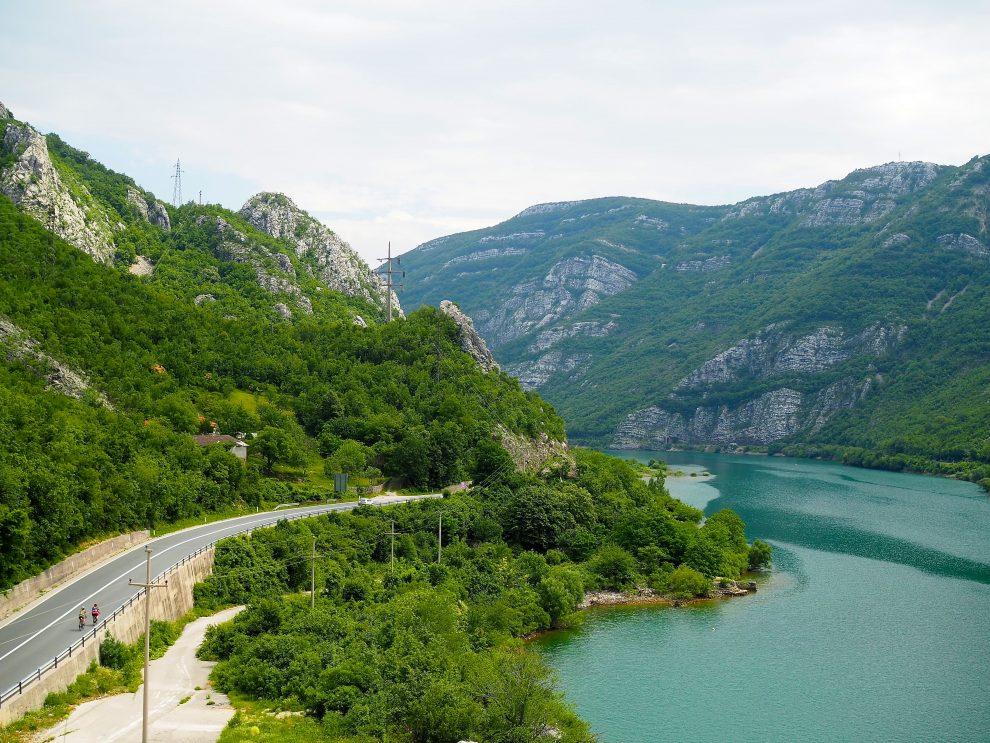 Balkan roadtrip - 3weekse reisroute - rijden van Sarajevo naar Mostar