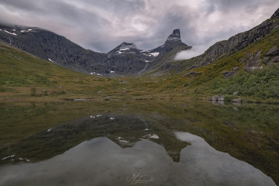 Rondreis door Midden Noorwegen - Beste hike van Noorwegen - Romsdalseggenridge