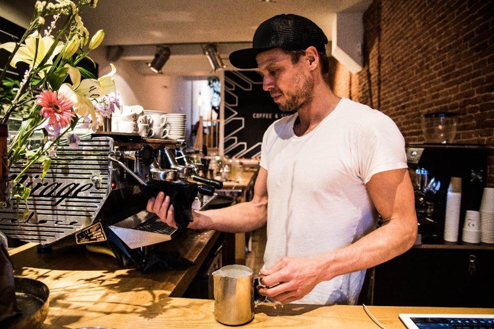 Koffiebars in Amsterdam. de beste koffie koffiebar van Amsterdam centrum.Haarlemmerdijk - Coffee & Such