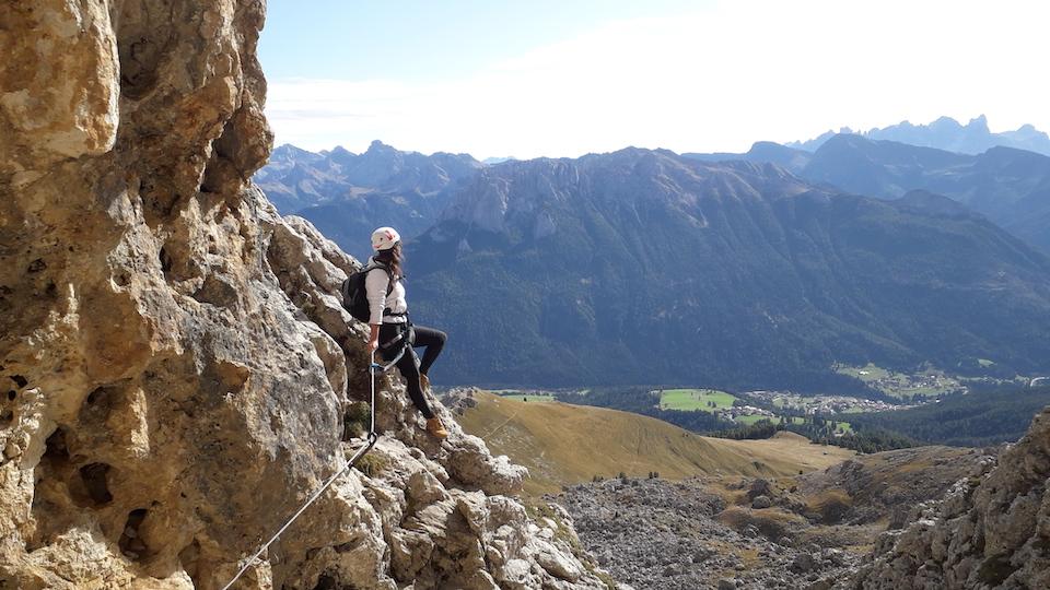 Vakantie naar Zuid Tirol, Dolomieten in de zomer - Rosengartengruppe -  via feratta Masaré beklimmen - klettersteig