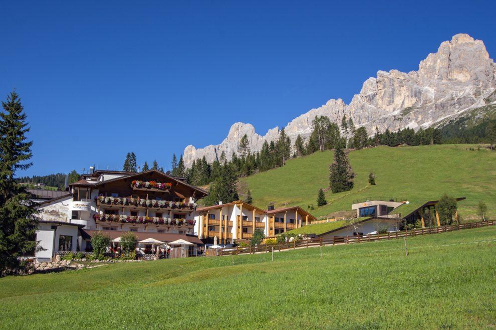 Vakantie naar Zuid Tirol, Dolomieten in de zomer - Rosengartengruppe - Hotel Moseralm Carezza