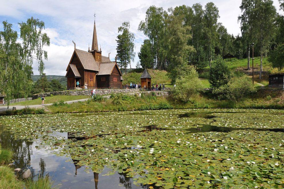 Zuid-Noorwegen rondreis. bezienswaardigheden & tips! Lillehamer - staafkerk van Garmo