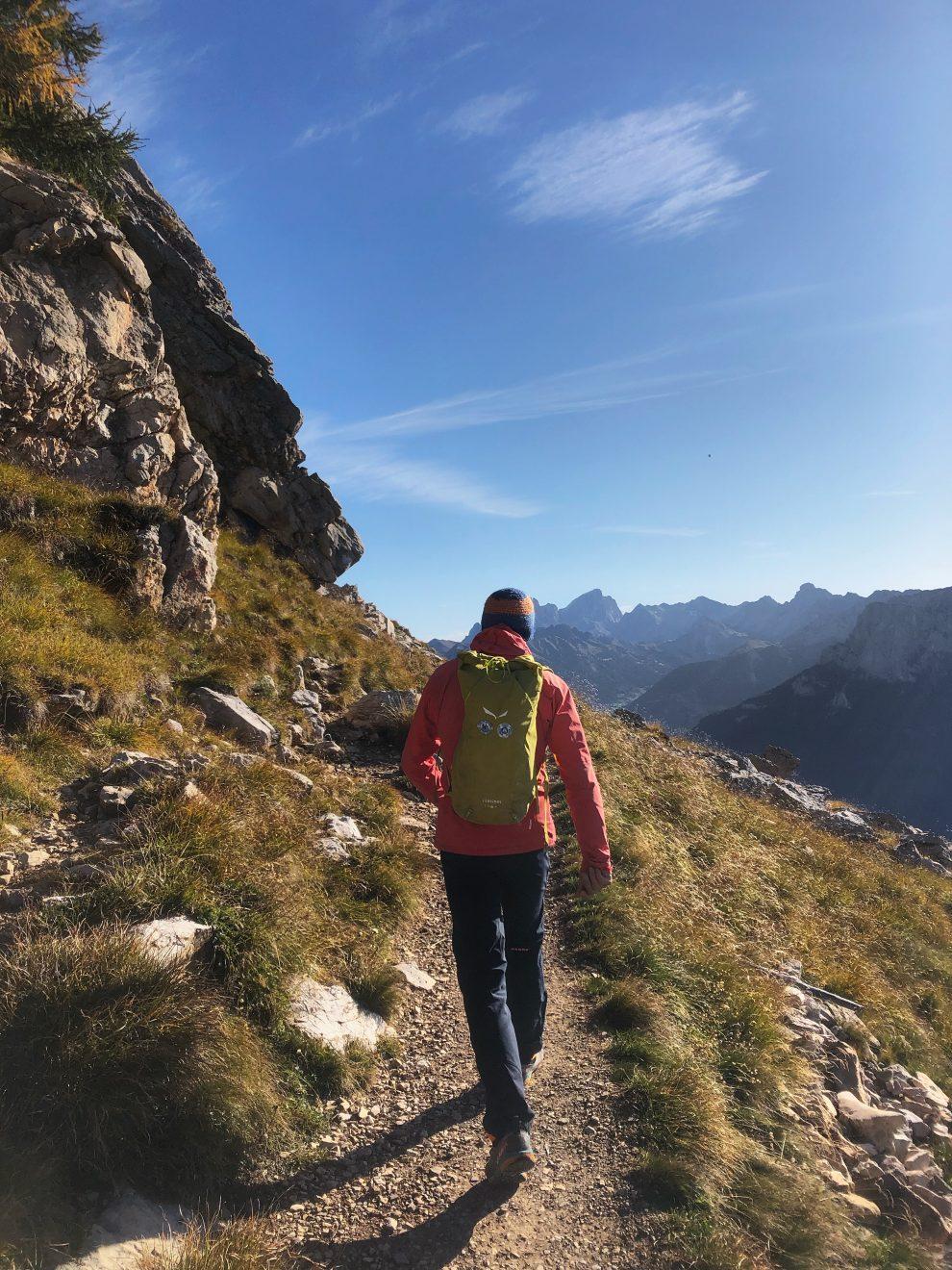 Vakantie naar Zuid Tirol, Dolomieten in de zomer - Rosengartengruppe -  Christomannos monument