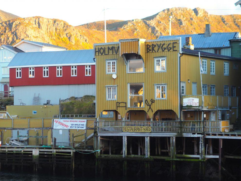 Vakantie Vesterålen Norway - lofoten eilanden - bezienswaardigheden  - Nyksund - Holmvik Brygge