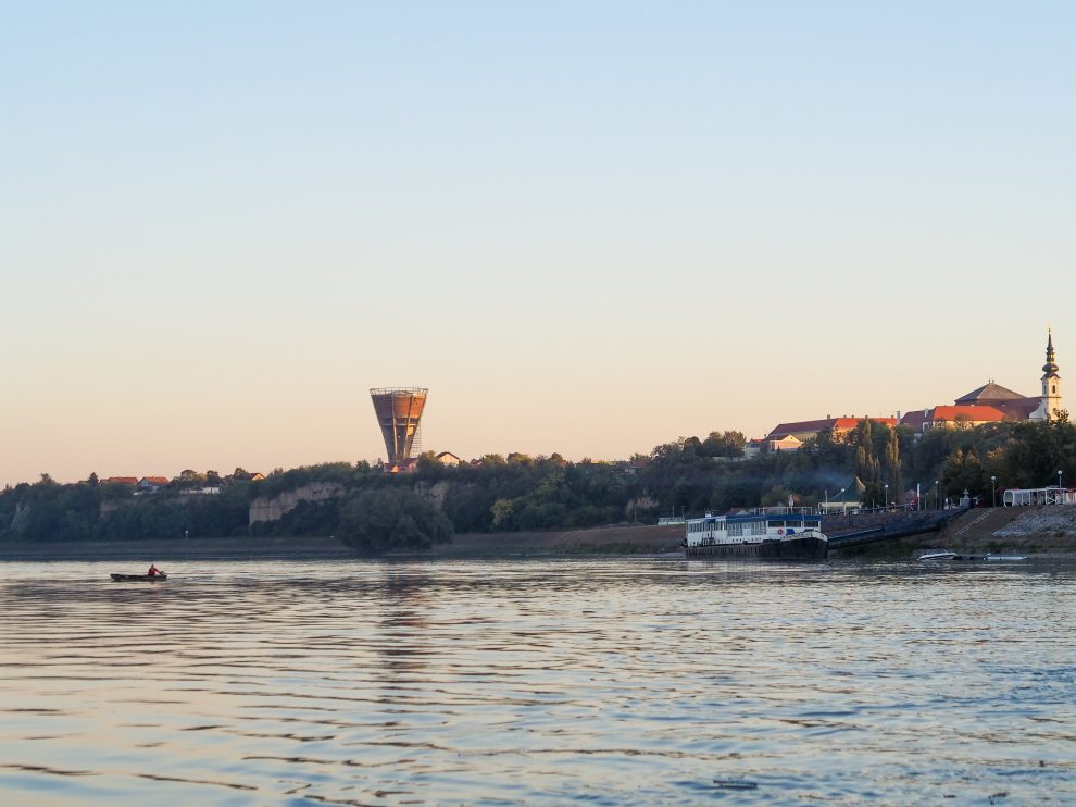 Slavonië Kroatië, op vakantie in Kroatie, balkan reizen, Vukovar, de watertoren van Vukovar