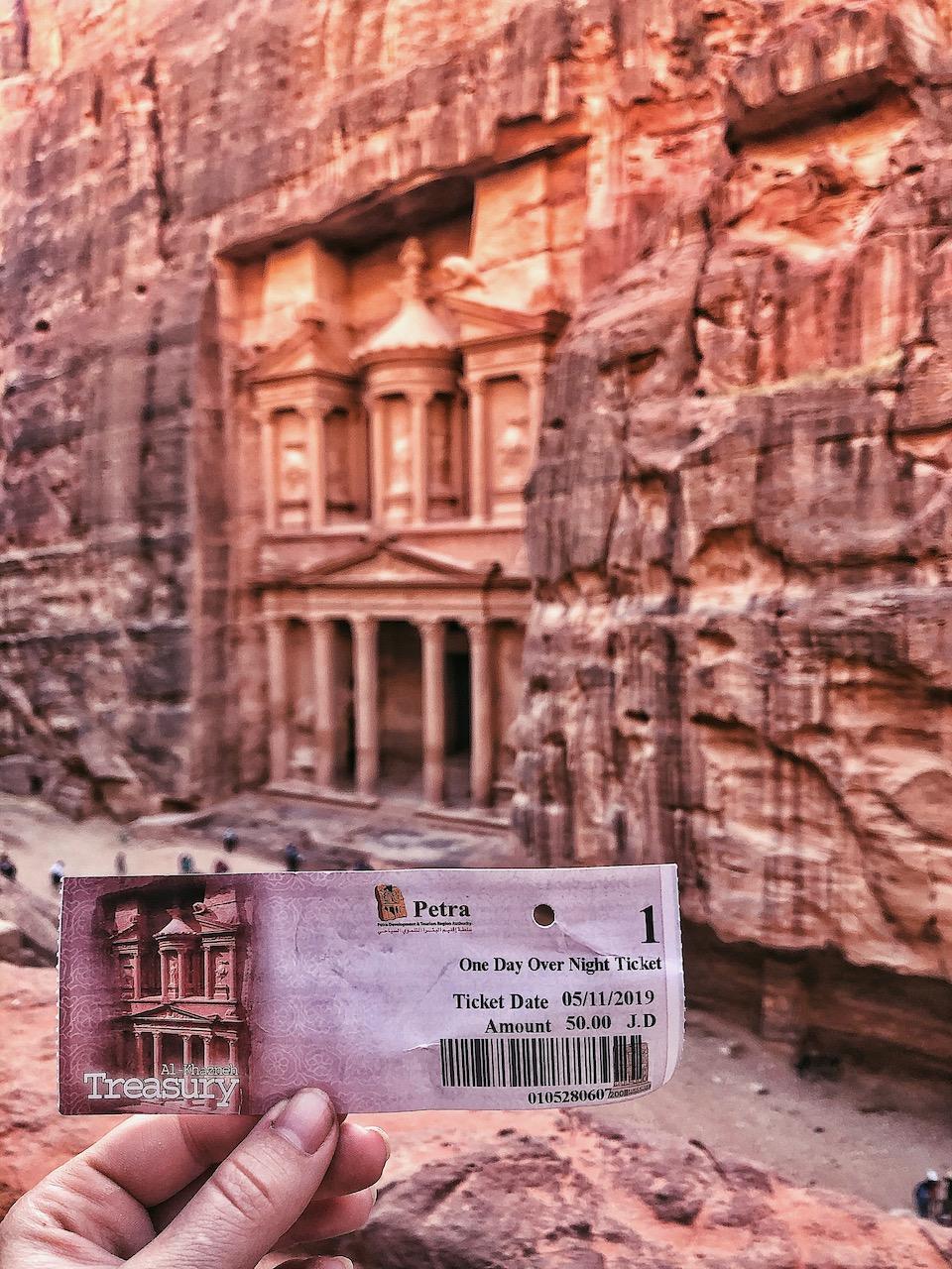 Wereldwonder Petra in Jordanië bezoeken. Al Khazneh (Treasury), entreeprijs Petra
