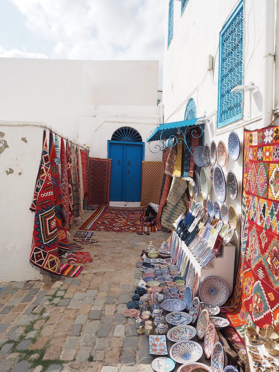 Tunesië: bezienswaardigheden langs de kust + tips. Sidi Bou Said