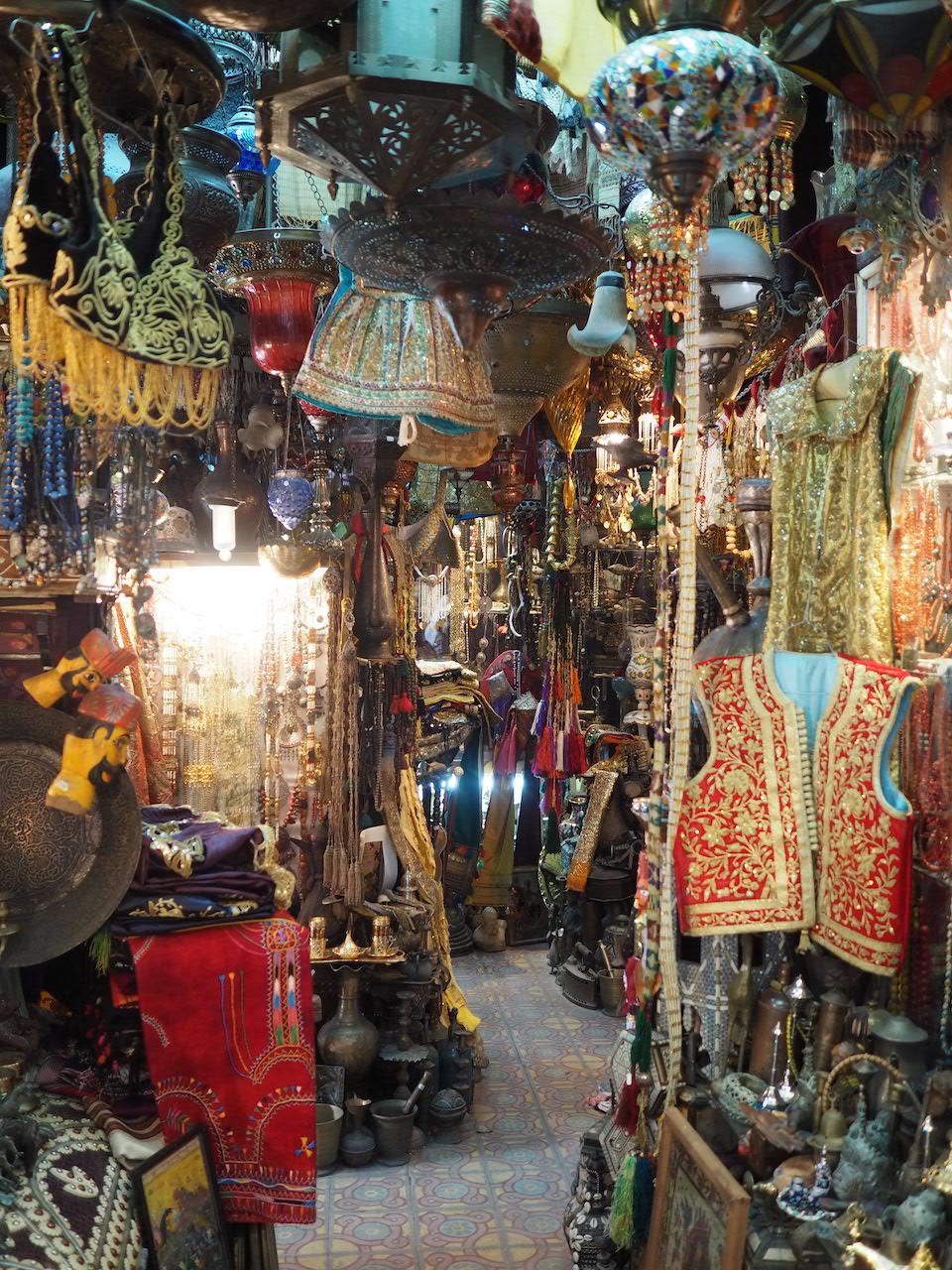 Tunesië: bezienswaardigheden langs de kust + tips. Souk van Tunis