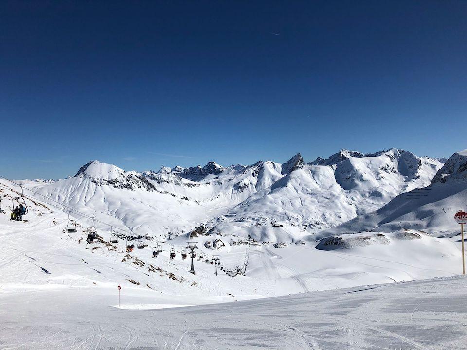 Sankt Anton am Alberg, wintersport Chloe Sterk Oostenrijk, alle tips . Skien van Sankt Anton naar Lech