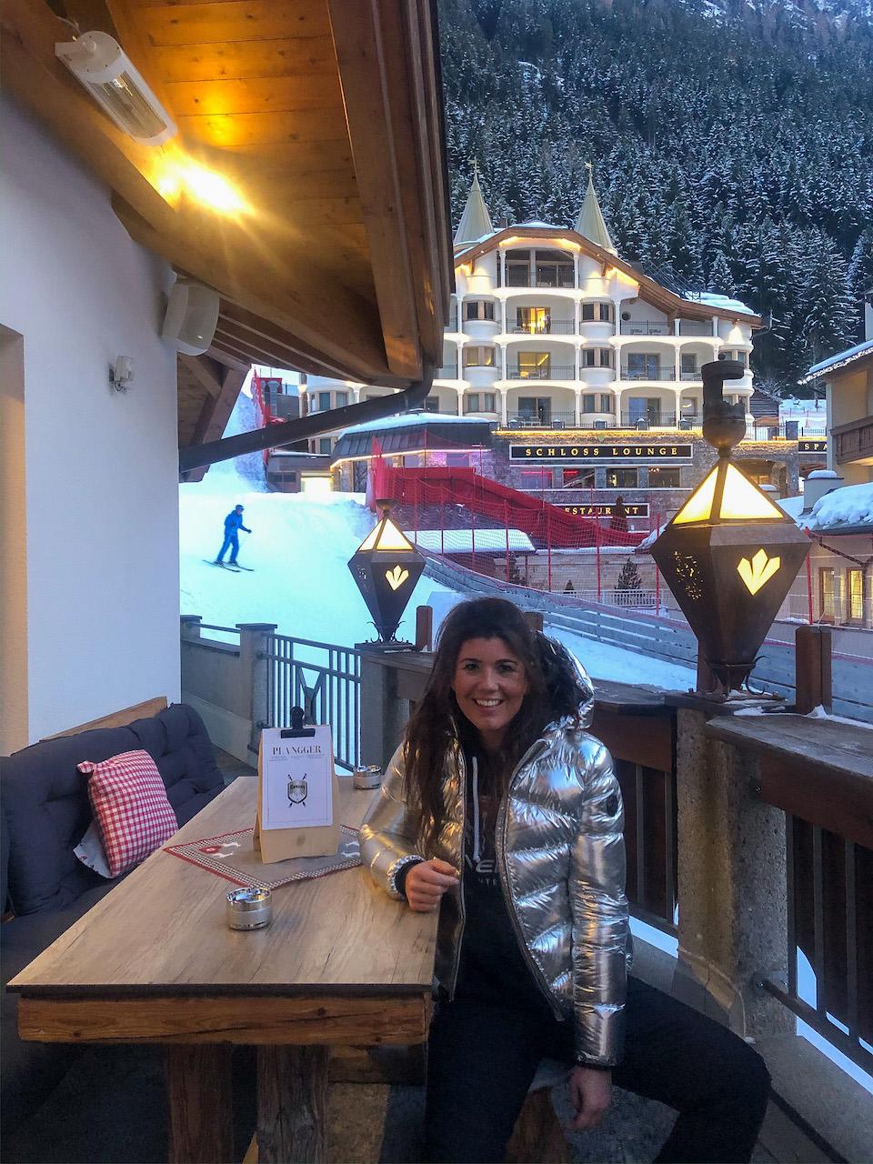 Ischgl ski - wintersport tips - Après-ski Plangger Wine & More Chloe Sterk Schloss Hotel