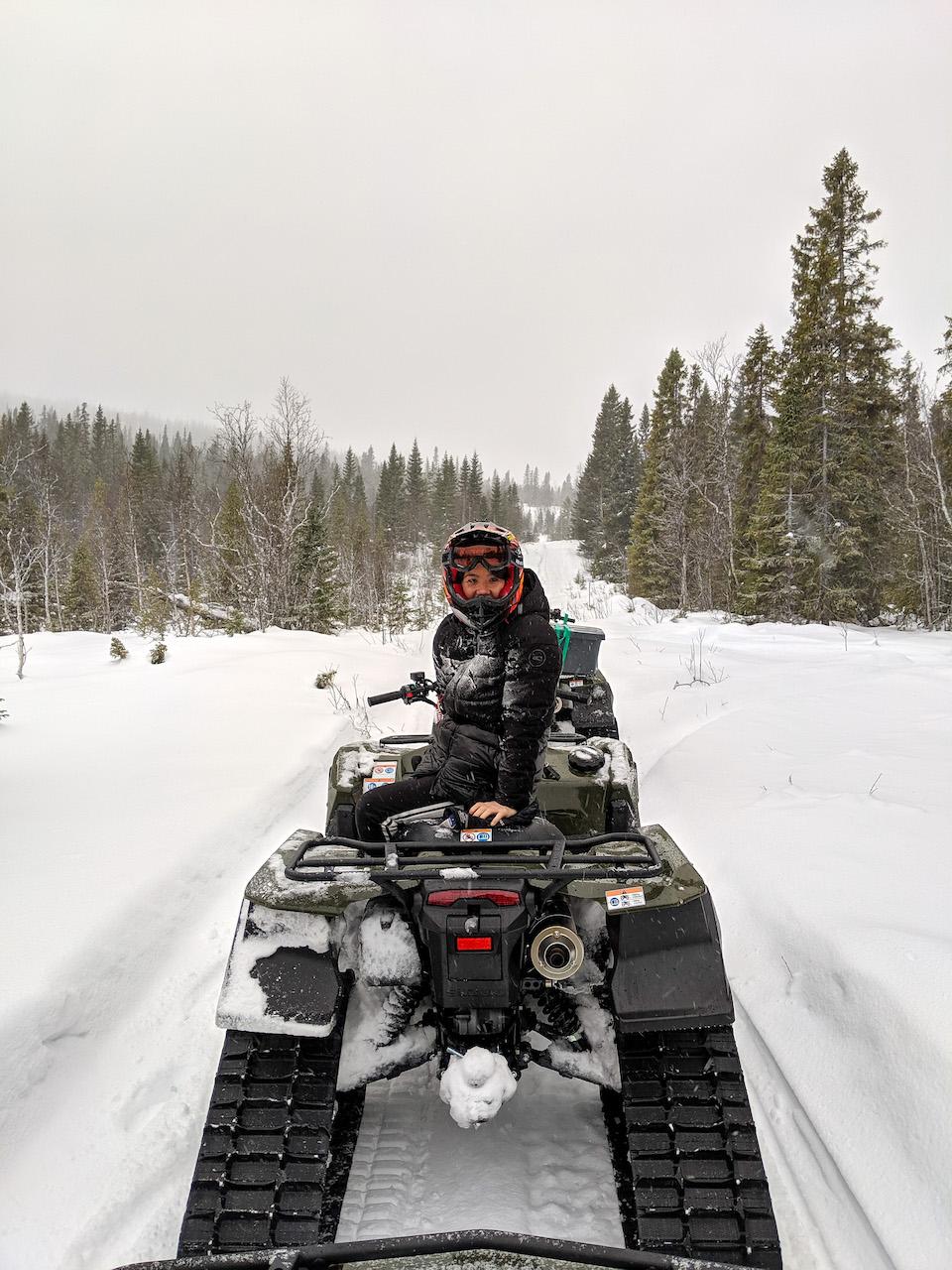 sneeuwquad rijden in Zweden, 8x doen en winter tips voor Åre en Östersund in Jämtland Zweden.