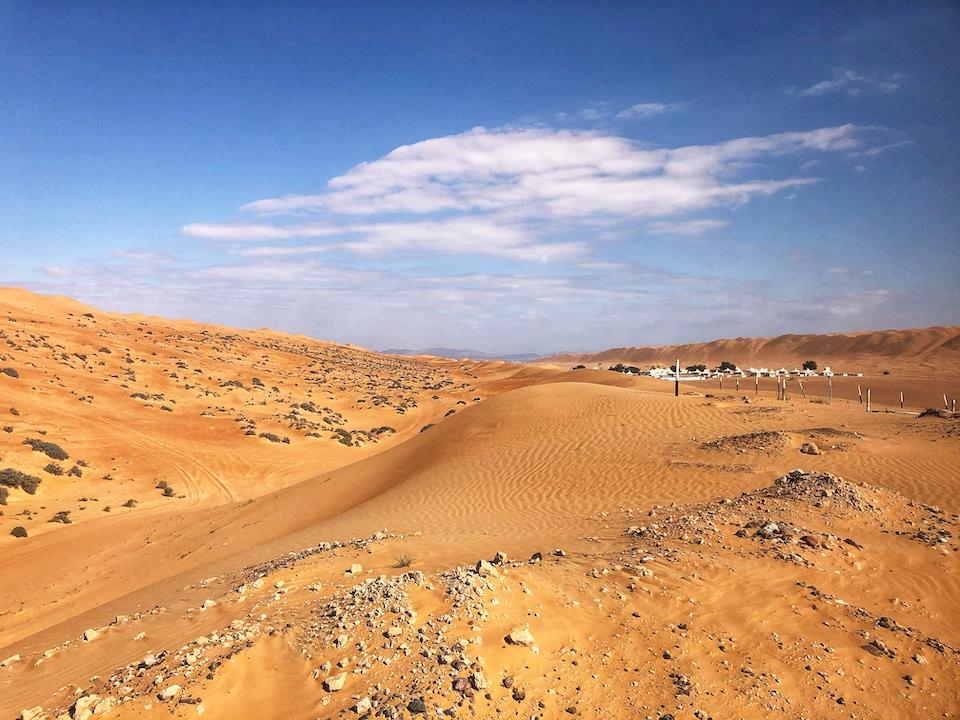 De woestijn van Oman, Wahiba Sands - de bezienswaardigheden en beste reisroute voor 9 dagen.