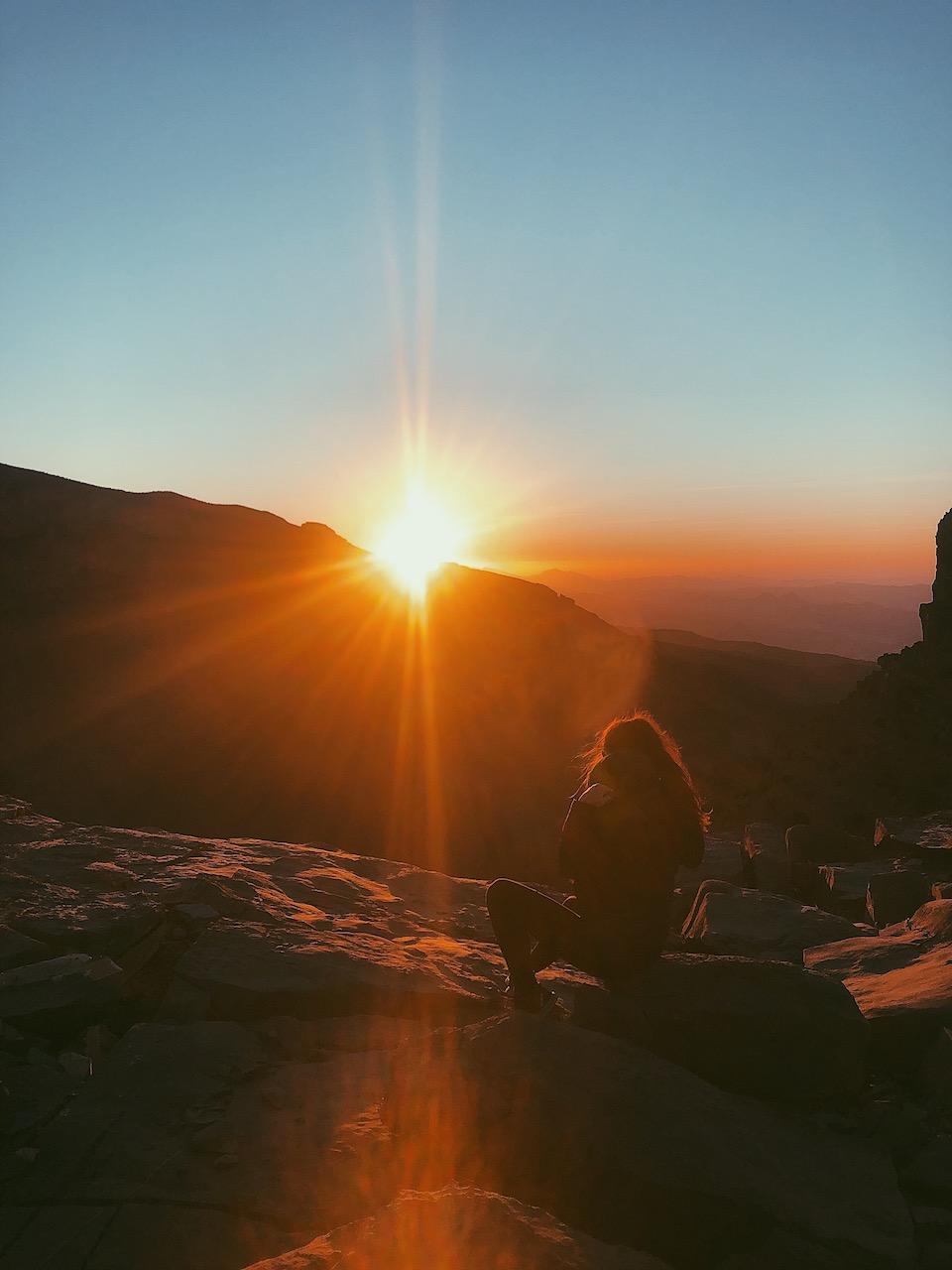 Jebel Shams - de bezienswaardigheden en beste reisroute voor 9 dagen.