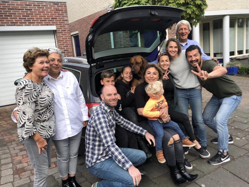 Emigreren naar Spanje -  het afscheid van familie en vrienden voor vertrek naar Spanje
