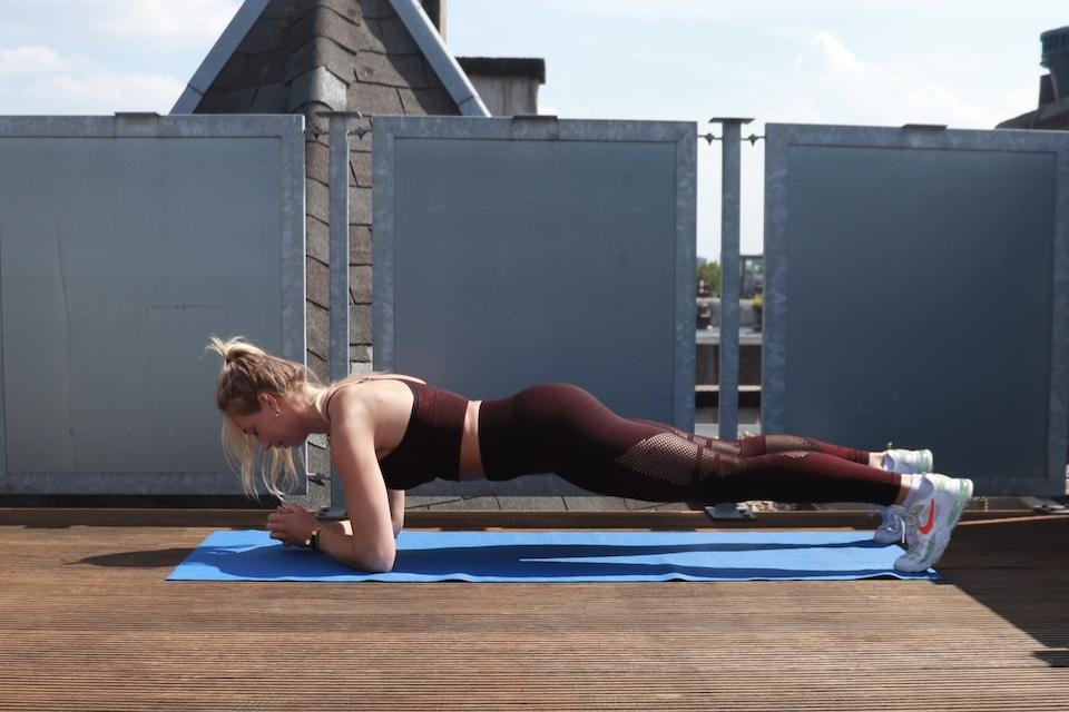 oefening voor hele lichaam  - plank