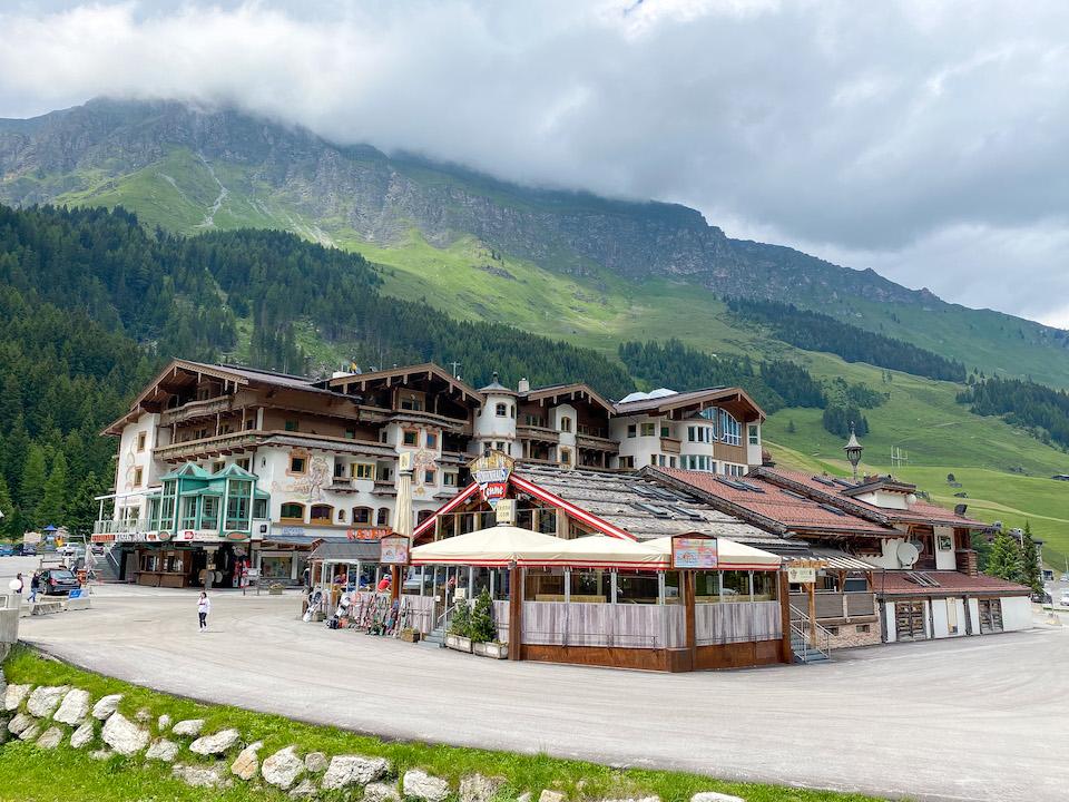 Adres ski Hintertuxer gletsjer in de zomer Hohenhaus Tenne