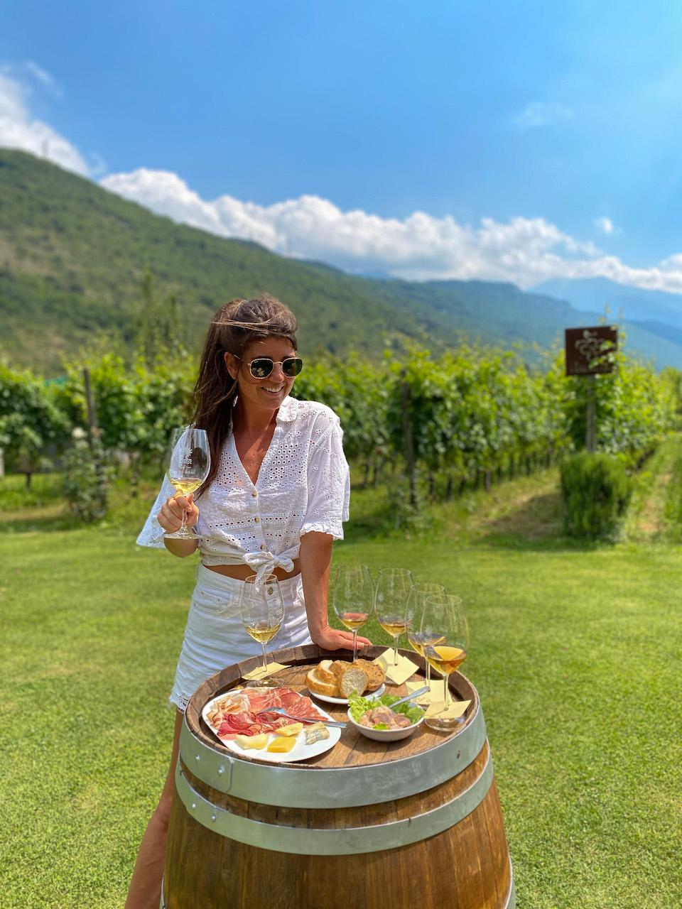 Gino Pedrotti wijn proeven gardameer Riva del Garda