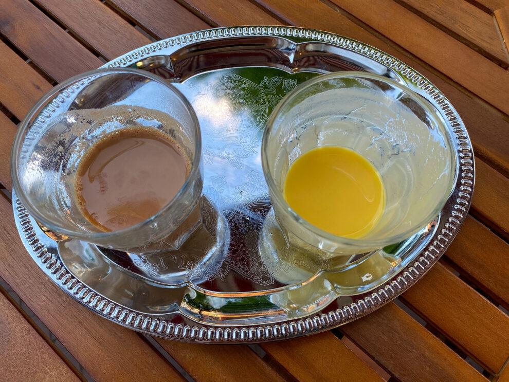 Mango lassi en Indian Masala Chai best indian food Amsterdam