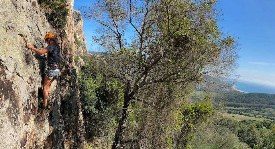 Klimmen met uitzicht op Punta Paloma