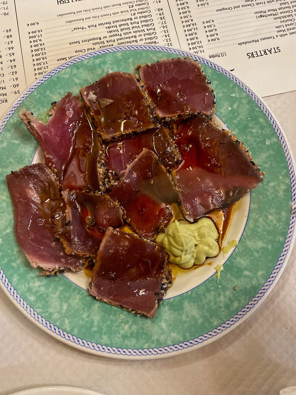tonijn tataki Meson el Picoteo