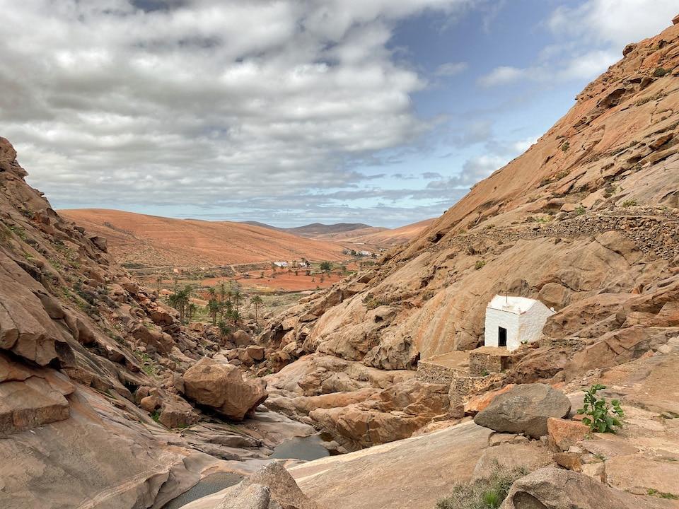 Vega de Río Palmas - Ermita de la Virgen de la Peña