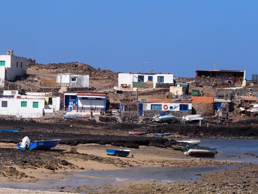 Majanicho meest noordelijke dorp op het eiland