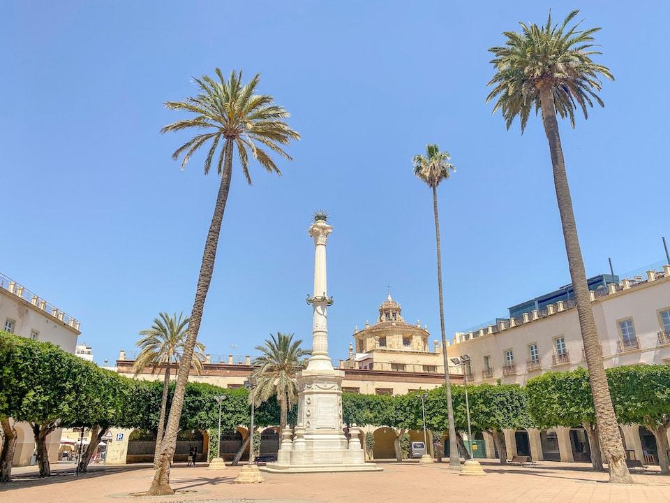 laza de la Constitución - Plaza Vieja - bezienswaardigheden Almeria