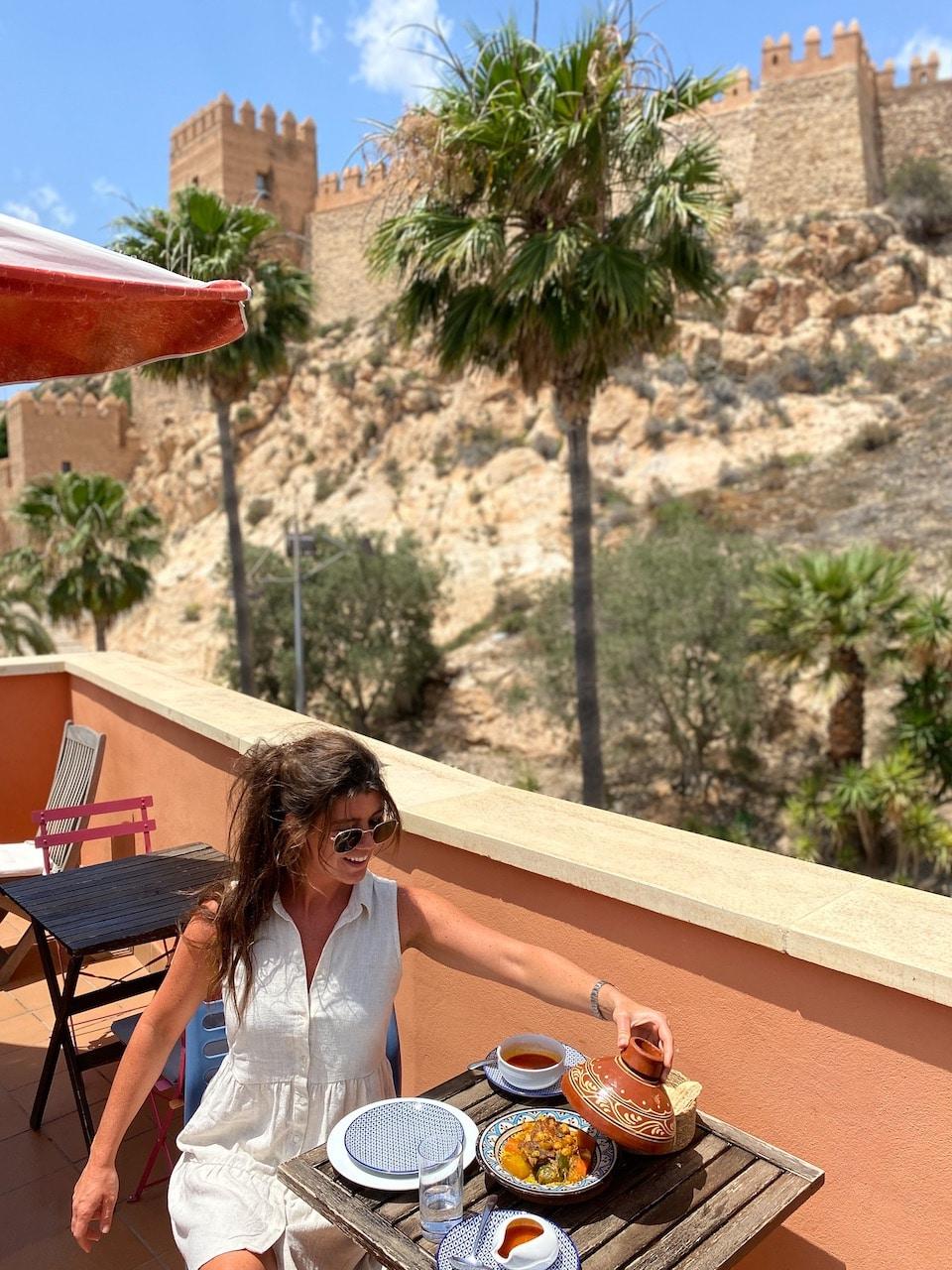 Restaurante Almedina Baraka dineren met uitzicht op Alcazaba