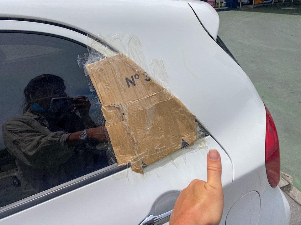 huur auto opengebroken in het buitenland wat doen?