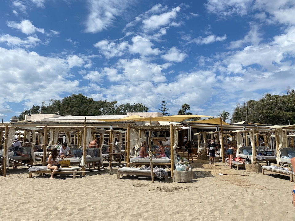 playa Casanis tips stranden Marbella