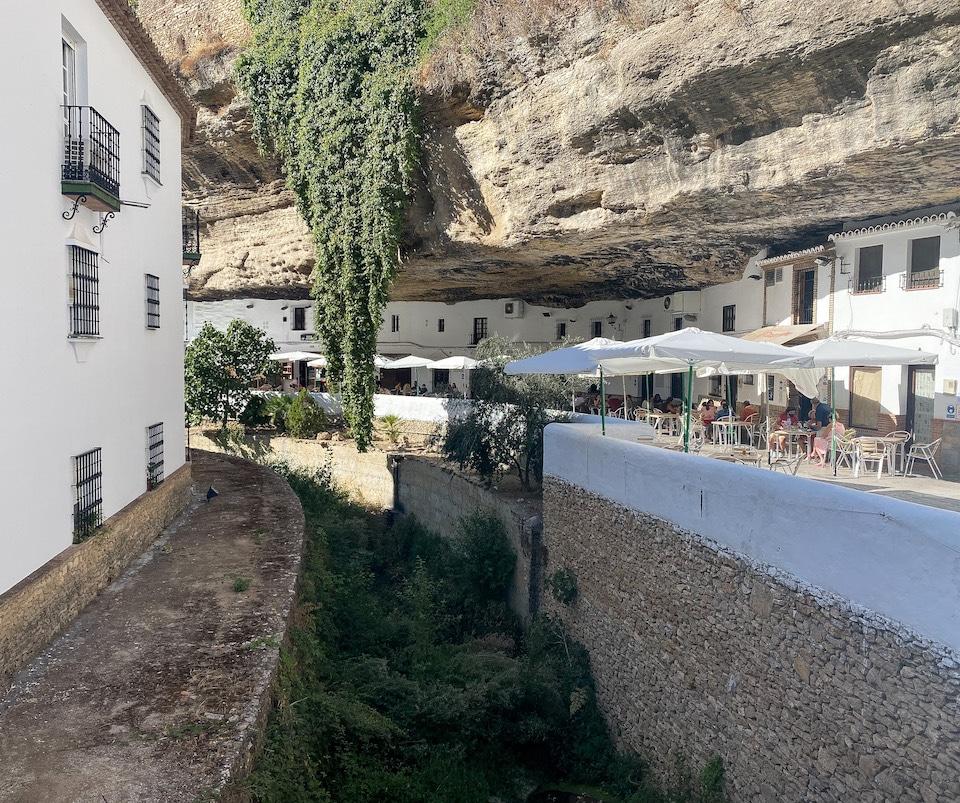 Setenil de las Bodegas - malaga - tips voor rondreis door Andalusië