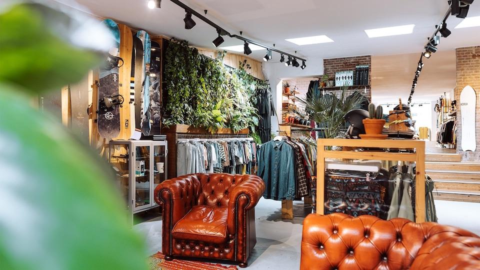 duurzame kleding winkels in Amsterdam - Behind the Pines