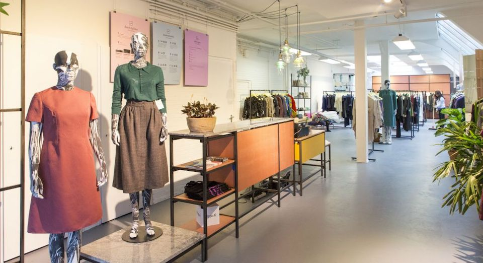 kleding lenen, duurzaam bij Lena Amsterdam