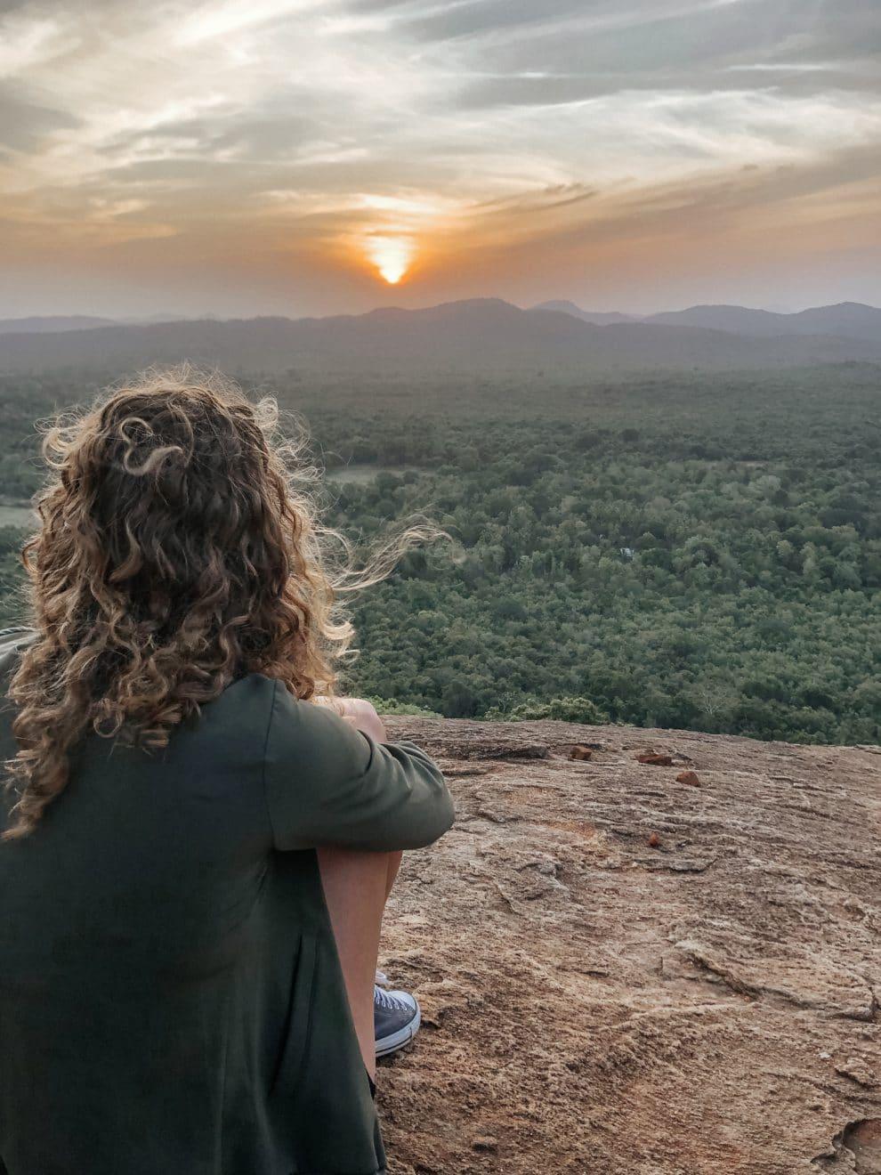 Pidurangala Rock / Loin Rock beklimmen rondreis Sri Lanka